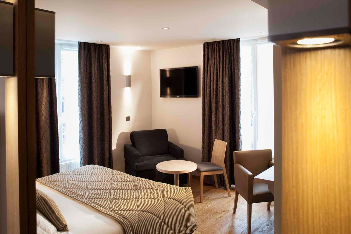 photo gallery of the hotel tourisme avenue paris. Black Bedroom Furniture Sets. Home Design Ideas